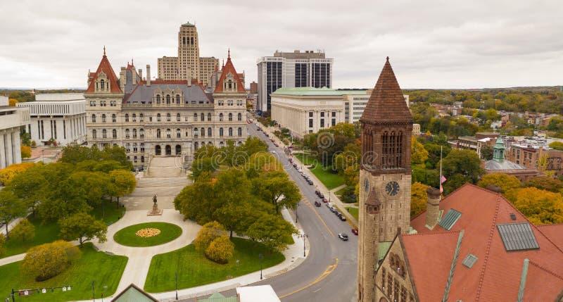 秋季纽约州议会议场国会大厦大厦在街市阿尔巴尼 库存照片