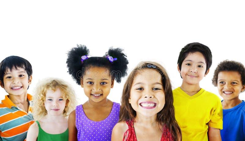 种族变化孩子友谊快乐的概念Gorup  图库摄影
