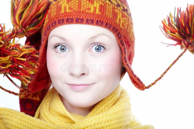 种族帽子的少妇 免版税图库摄影
