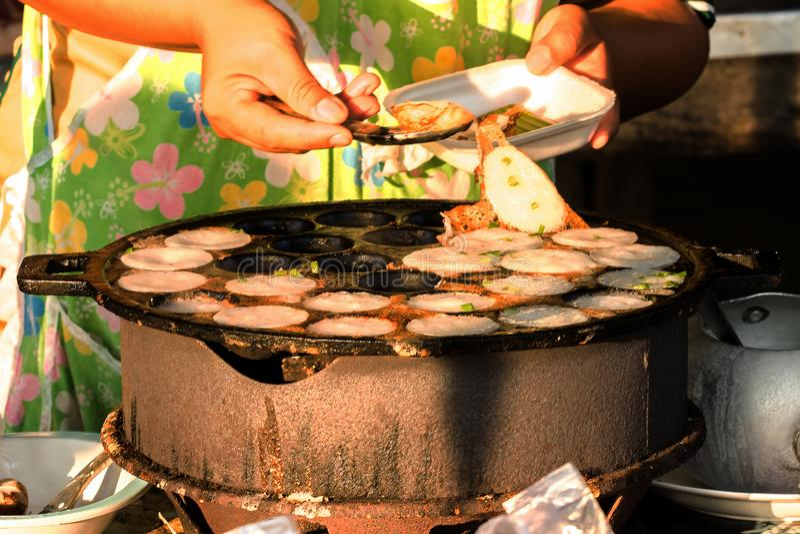 种类在火炉的泰国蜜钱 免版税图库摄影