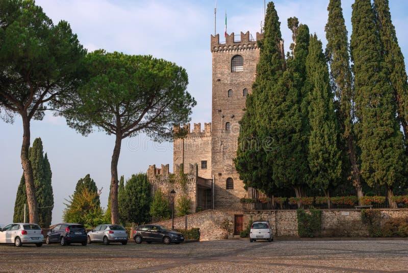 科内利亚诺,意大利- 2017年10月13日:科内利亚诺城堡,威尼托 免版税库存图片