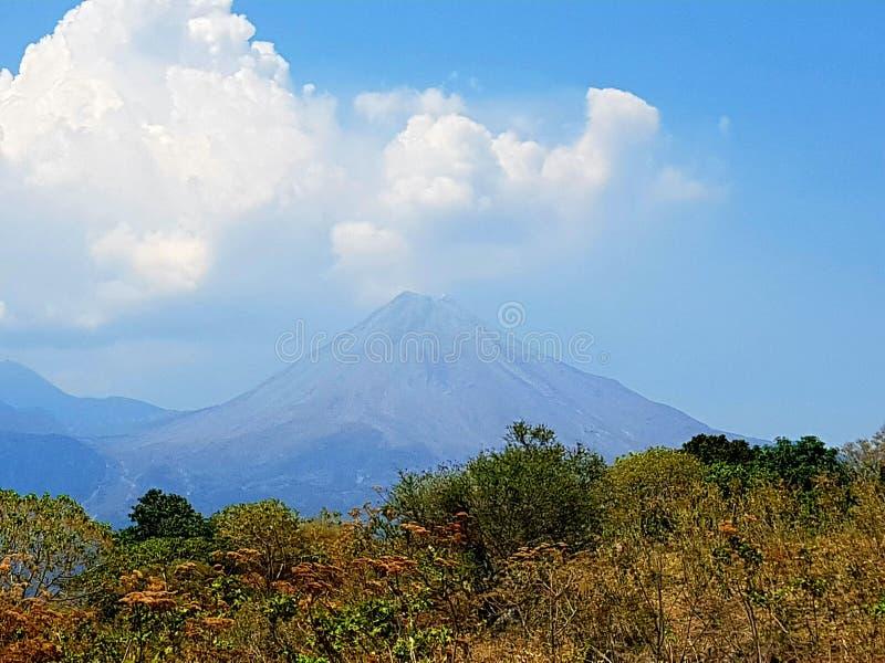 科利马州火山 库存图片