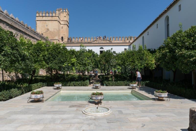 科多巴安达卢西亚,西班牙真正的城堡的庭院  免版税库存图片