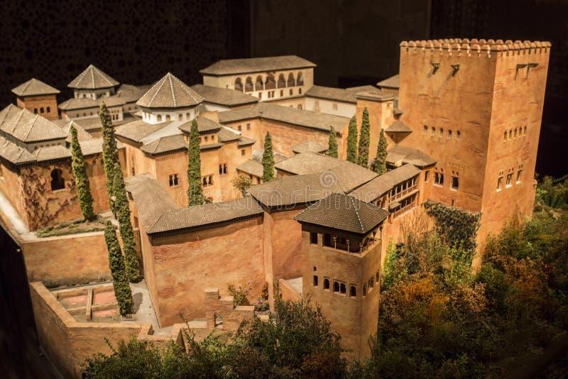 科多巴,西班牙- 2018年,9月8日:阿尔罕布拉大厦比例模型 在格拉纳达期间酋长管辖区的出现  卡拉奥拉塔博物馆, 库存照片