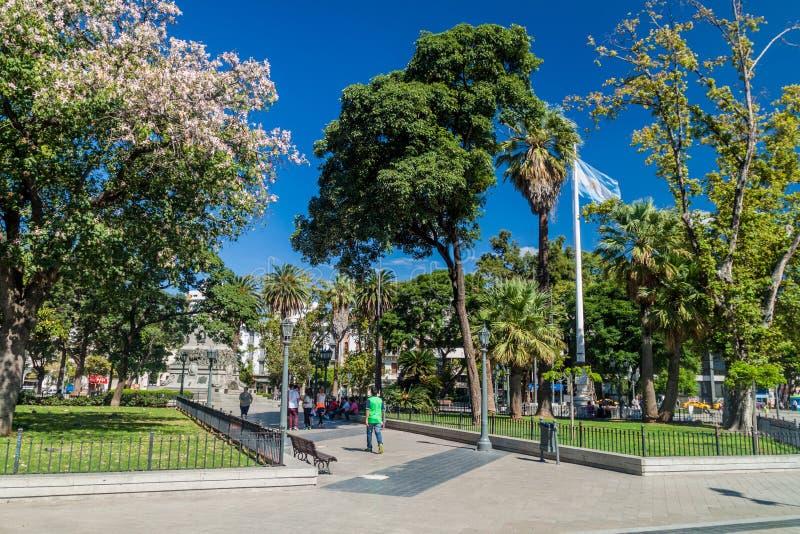 科多巴,阿根廷- 2015年4月2日:广场圣马丁省广场的公园在Cordob 图库摄影
