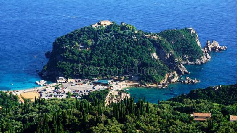 科孚岛海岛-老修道院Paleokastritsa 免版税库存照片
