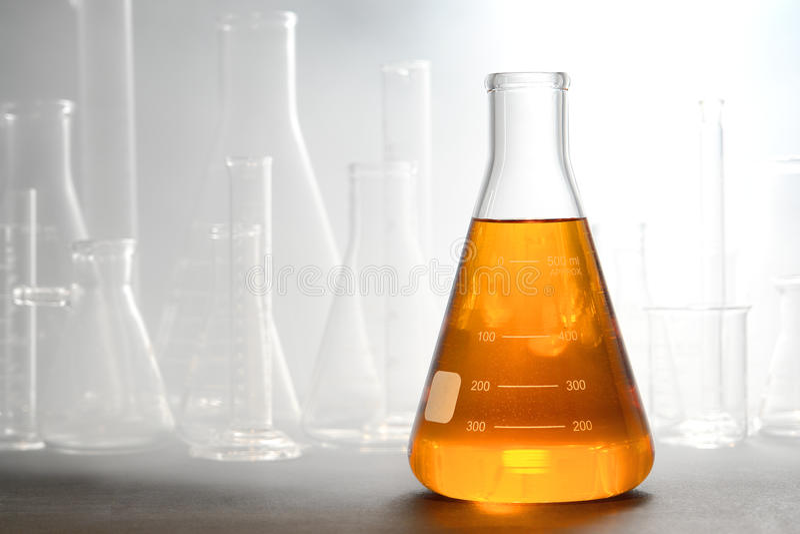 科学实验在科学研究实验室 库存照片