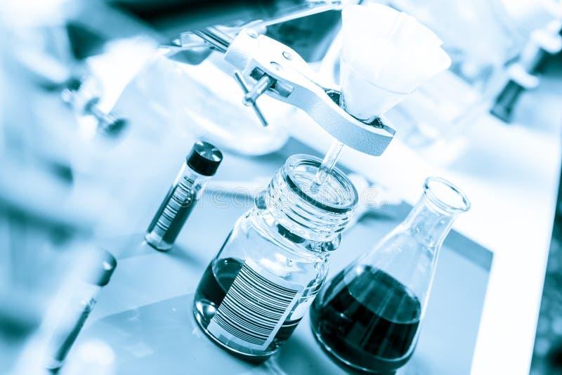 科学实验室设备化学制品实验 免版税库存图片