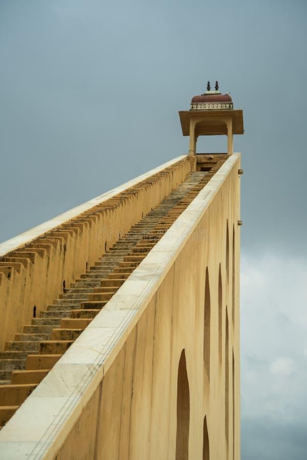 科学的Jantar Mantar意想不到的结构大厦 免版税图库摄影