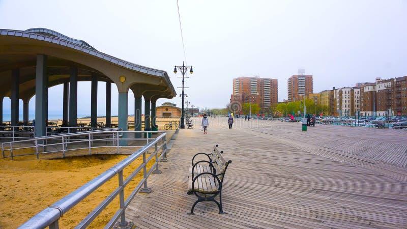 科尼岛木板走道,布赖顿海滩,布鲁克林,美国 图库摄影