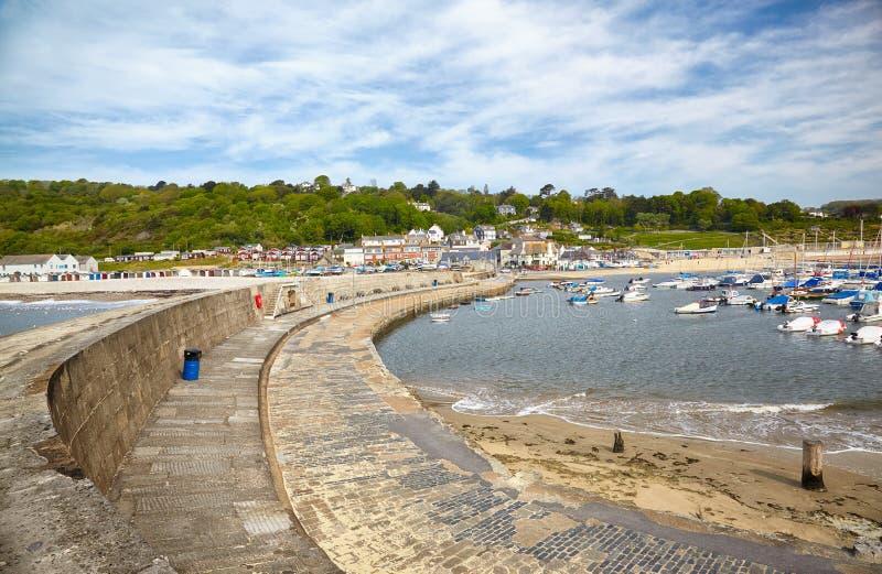科布港口的维多利亚码头 Lyme regis 西多塞特 英国 免版税库存照片
