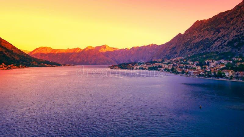 科托尔,日出的黑山在科托尔湾 免版税库存照片