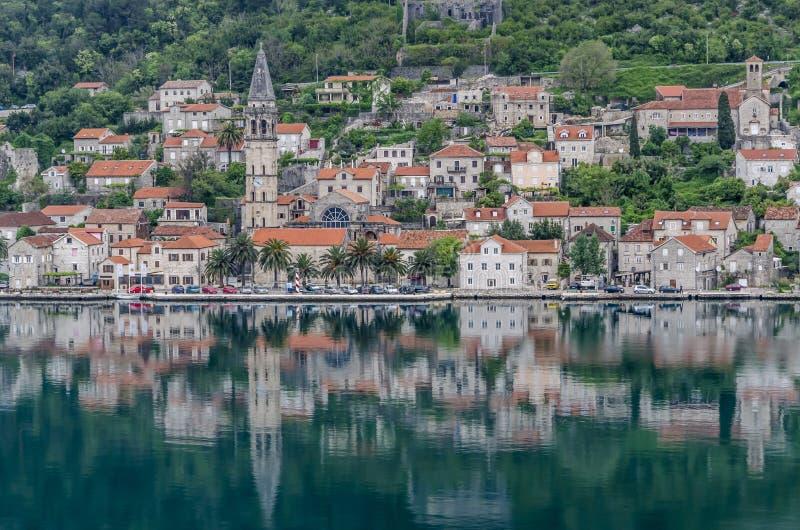 科托尔黑山反射 免版税库存图片