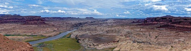 科罗拉多河在幽谷峡谷全国度假区 库存照片