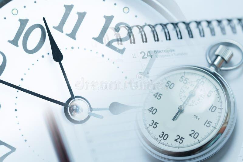 秒表-时间安排和最后期限概念 免版税库存照片
