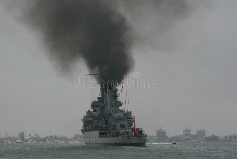 秘鲁战舰污染空气 库存图片