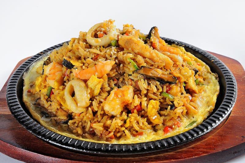 秘鲁食物:海鲜和米叫arroz骗局mariscos 免版税库存照片