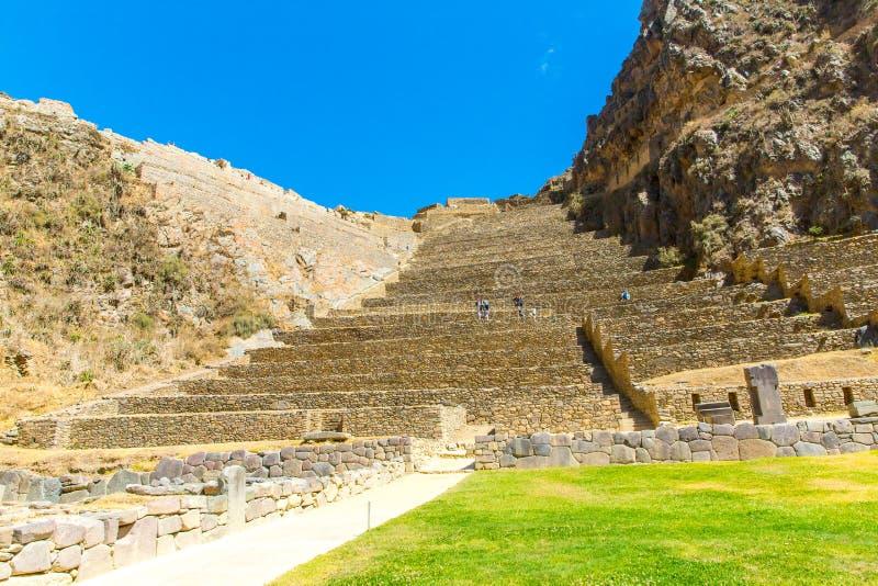 秘鲁,神圣的谷,南美的Ollantaytambo印加人废墟在安地斯山的。 免版税库存图片