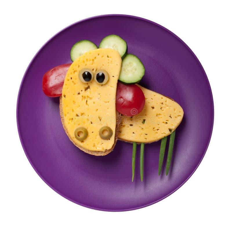 滑稽的绵羊由乳酪和面包制成 库存照片