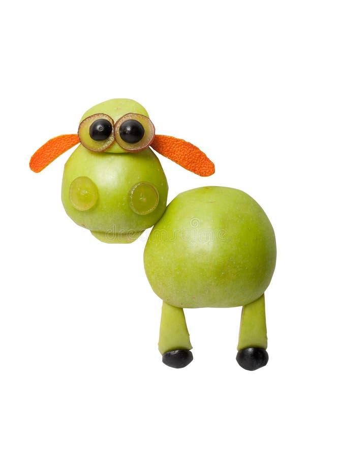 滑稽的绵羊由苹果制成 免版税库存照片