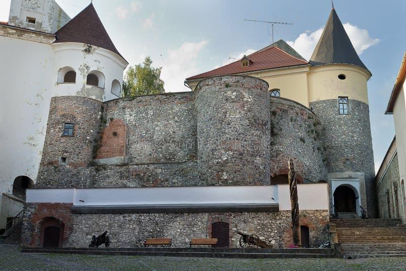 穆卡切沃城堡庭院 免版税库存图片