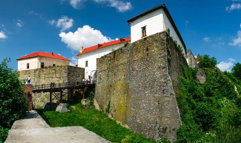 穆卡切沃Palanok城堡夏令时 库存图片