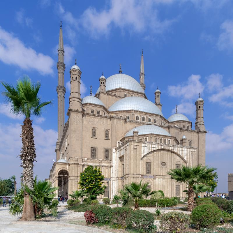 穆罕默德・阿里巴夏雪花石膏清真寺伟大的清真寺,位于在开罗城堡,埃及 库存照片