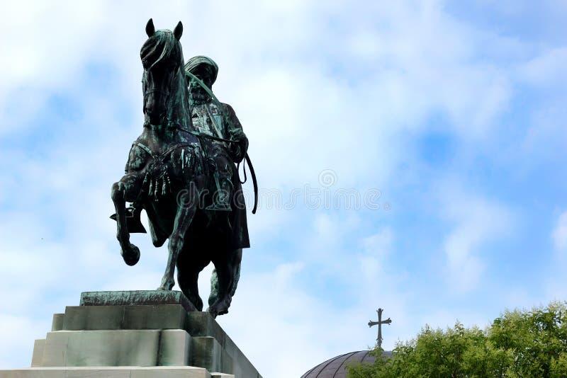 穆罕默德阿里和东正教古铜色骑马雕象  库存照片