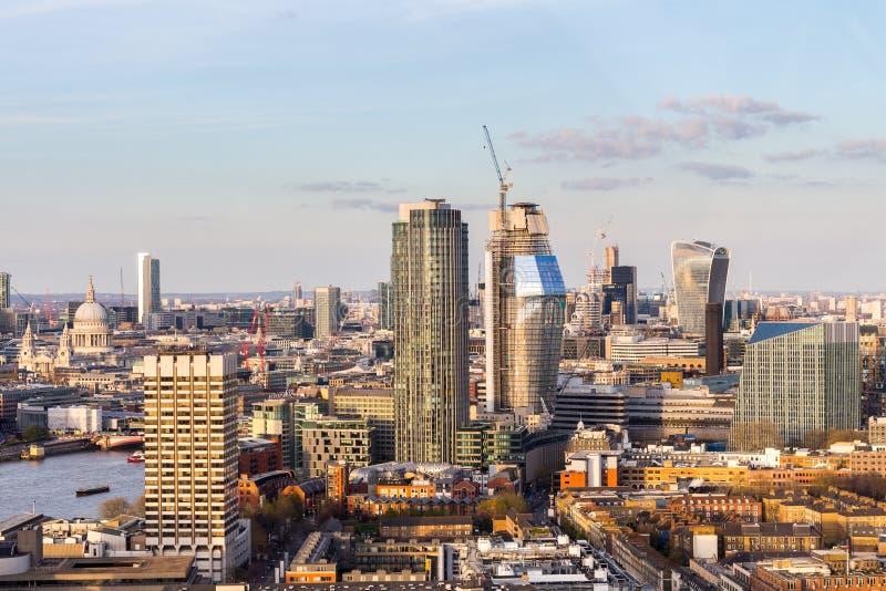 空中伦敦全景视图 往Parliamen议院的看法  库存图片