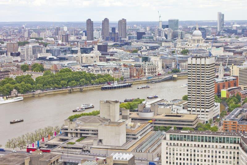 空中伦敦河泰晤士视图 免版税库存照片