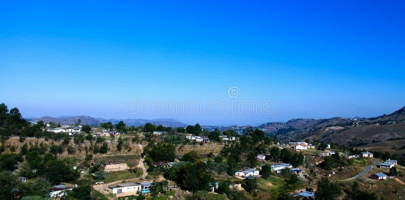 空中全景向姆巴巴纳,斯威士兰 库存图片