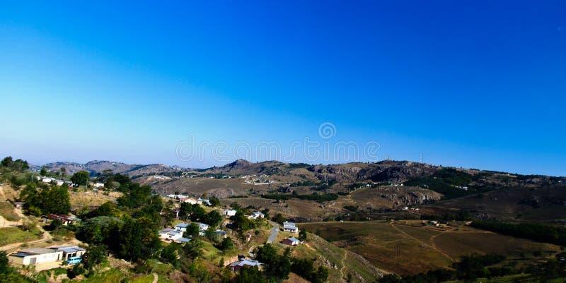 空中全景向姆巴巴纳,斯威士兰 免版税库存照片