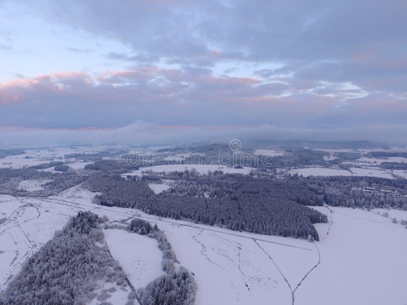 空中冬天风景 免版税库存图片