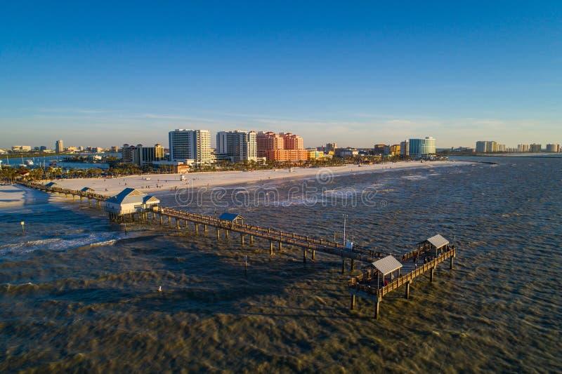 空中图象Clearwater海滩佛罗里达渔码头 免版税库存照片