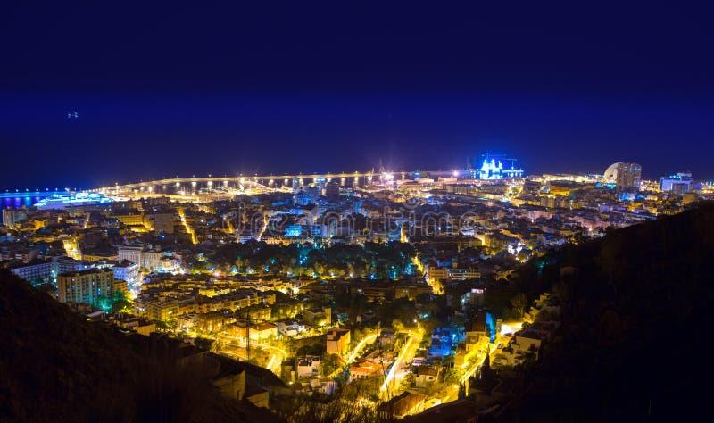 空中夜圣克鲁斯de特内里费岛加那利群岛 库存照片