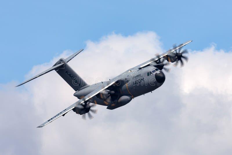 空中客车防御和空间A400M军用货物飞机F-WWMS 免版税库存图片