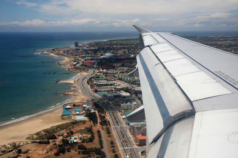 空中海滩前的视图 免版税库存图片