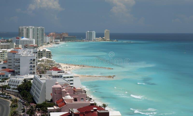 空中海滩坎昆视图 免版税库存图片