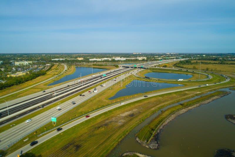 空中照片佛罗里达收费公路威斯顿佛罗里达布劳沃德 免版税库存图片