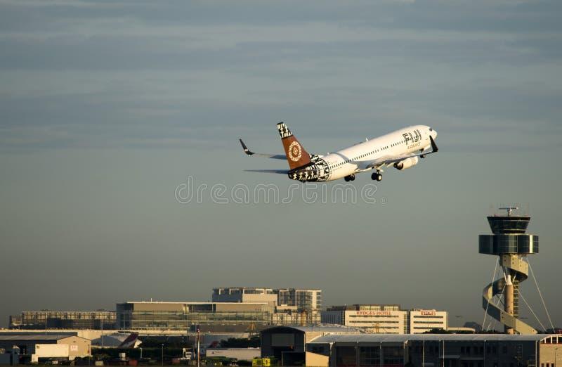 空气斐济从Kingsford史密斯机场离去 悉尼 免版税库存照片