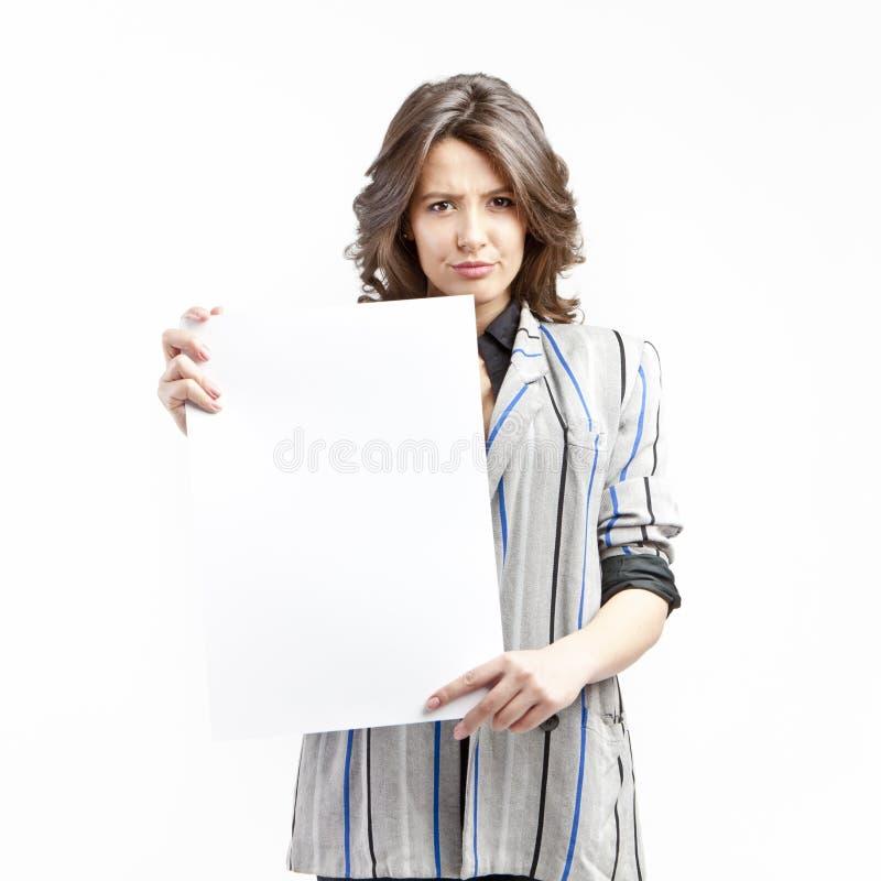 空白拿着符号不快乐的妇女 免版税图库摄影