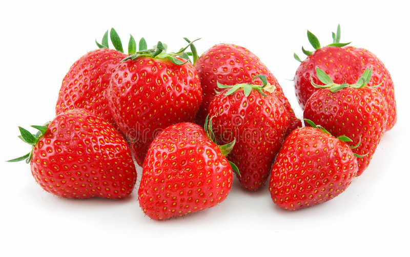 空白查出的成熟的草莓 免版税库存照片
