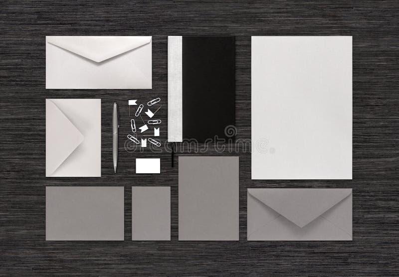 空白的文具和烙记的公司本体moc顶视图  库存图片