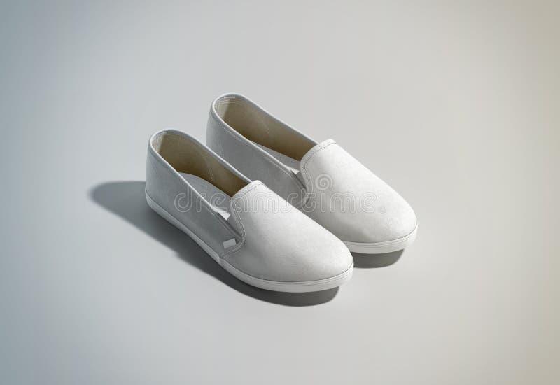 空白的白色易穿脱的衣服鞋子配对设计大模型,等轴测图 免版税库存照片