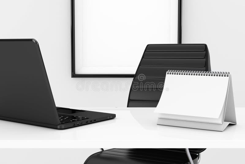 空白的螺旋日历和膝上型计算机在桌上在黑色前面 皇族释放例证