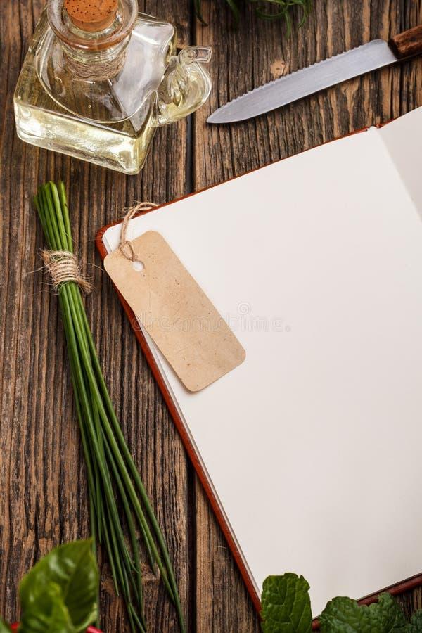 空白的食谱书 免版税库存照片