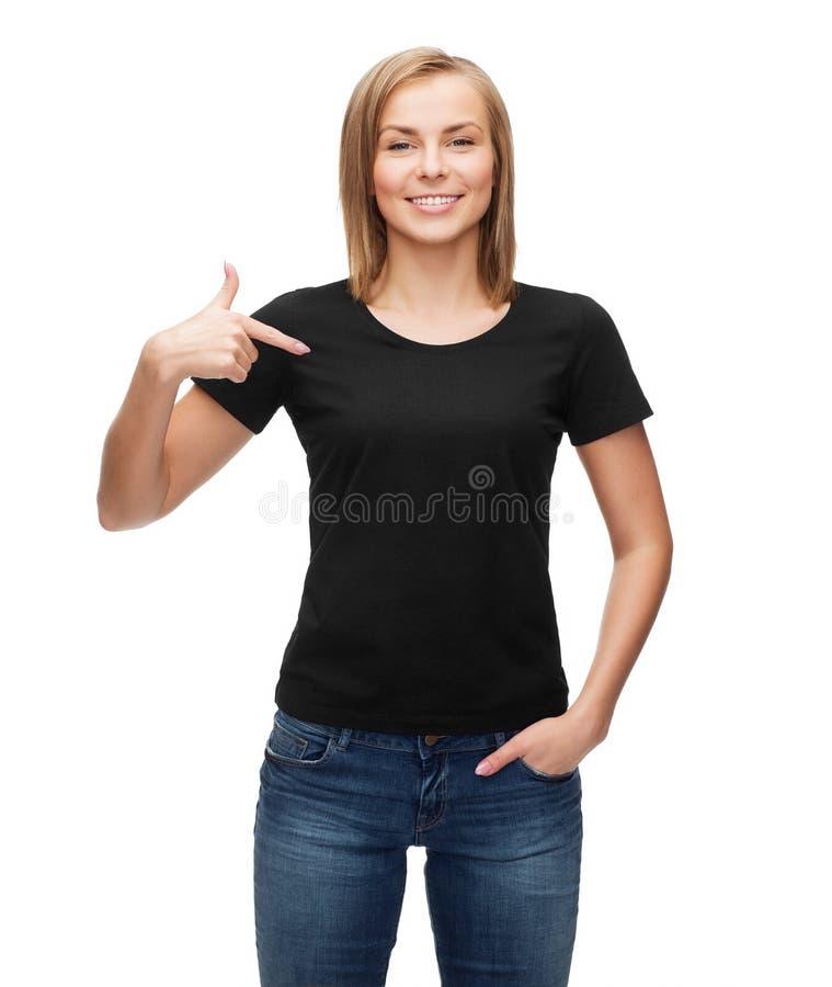 空白的黑T恤杉的妇女 免版税图库摄影