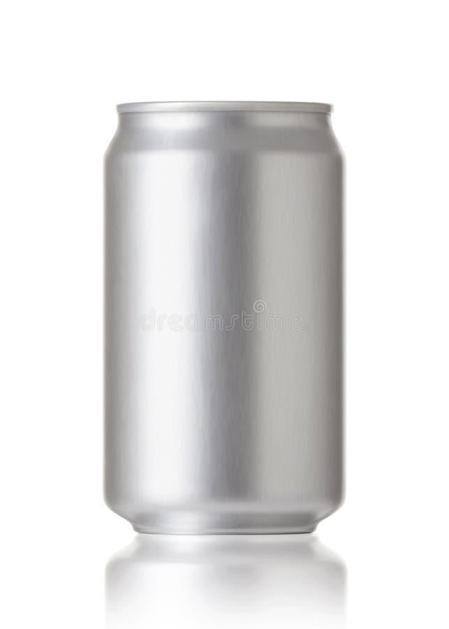 空白碳酸钠或啤酒罐,可实现的照片图象 库存图片