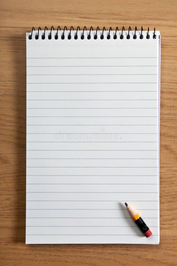 空白记事本铅笔 库存照片