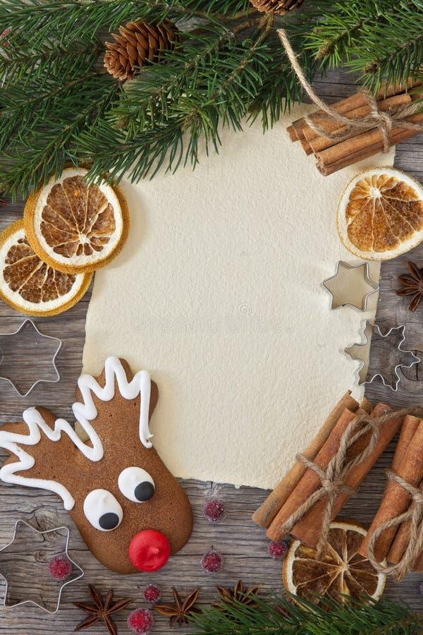 空白附注和圣诞节蛋糕 免版税库存图片